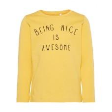 Okergele t-shirt lange mouwen - being nice is awesome- nmmdamsko ochre