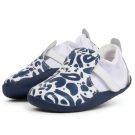 Schoentje met petrolprint - xplorer abstract white navy