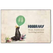 Wenskaart met zeehond met ballon - hoooraay hugs, kisses and birthday wishes