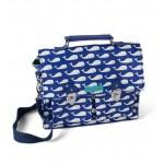 Gelamineerd kleuterboekentasje met walvisjes - whales blue