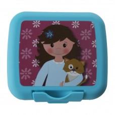 Turquoise koekendoosje meisje met kat