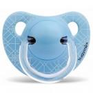 Lichtblauwe anatomische fopspeen met motiefje 0-6m